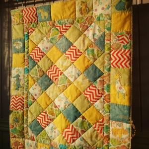 Детское лоскутное одеяло или настенное панно